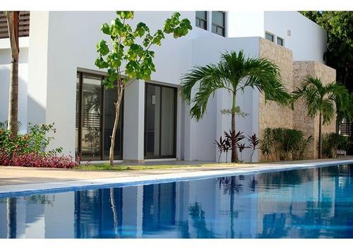 Lujosa Y Moderna Casa En Venta En Playacar