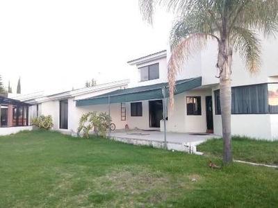 Casa En Fracc. Jardines Del Lago