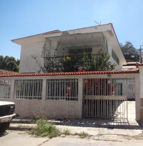 Se Vende Casa 380 M2 5h/3b/5p Vista Alegre