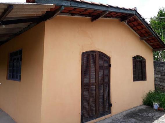Casa Para Venda Em Nazaré Paulista, Mascate, 2 Dormitórios, 1 Banheiro, 2 Vagas - 0012