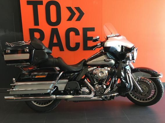 Harley Davidson - Electra Glide Ultra Classic - Preta