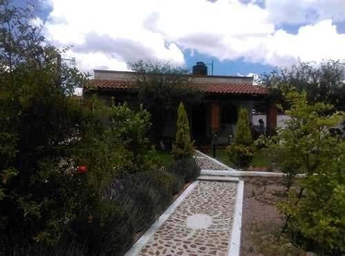 Venta De Heremoso Rancho Ganadero Y Cultivo En Peña De Bernal, 1.9 Has