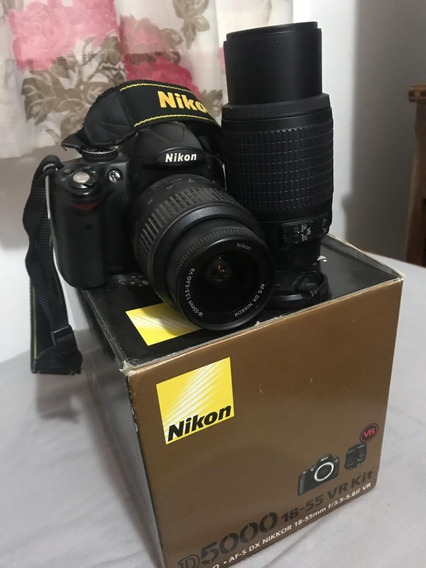 Câmera Nikon D5000 + Lente Nikkor 55-200mm
