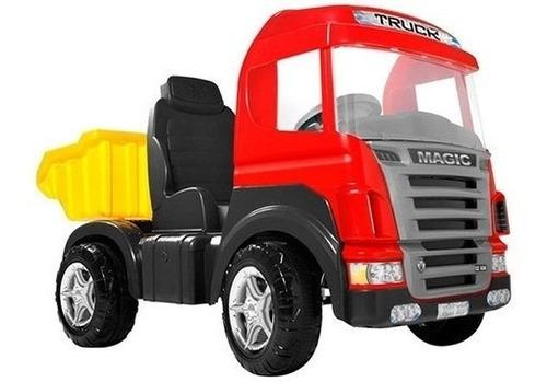 Imagem 1 de 6 de Caminhão Truck Pedal Vermelho Frete Gratis - Magic Toys