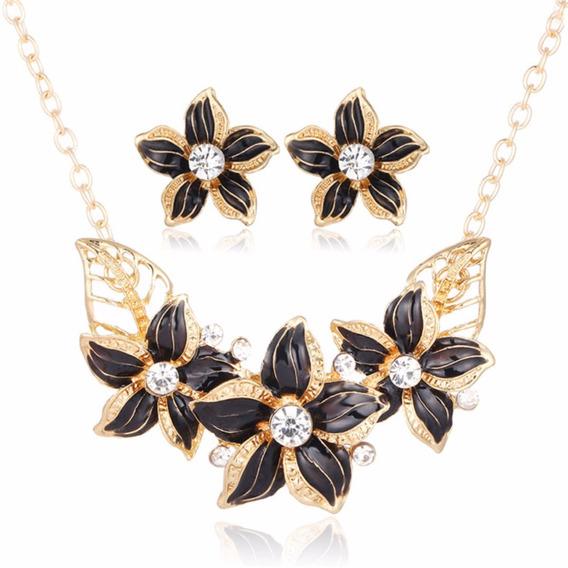 Set Collar Floral Y Aretes Negro