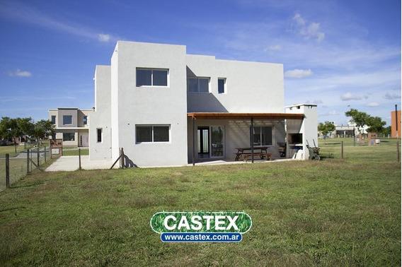 Casa A Estrenar En Bario Vistas, Puertos