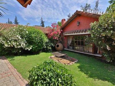 San Carlos De Apoquindo / Camino Las Flores / 600-3700 M2