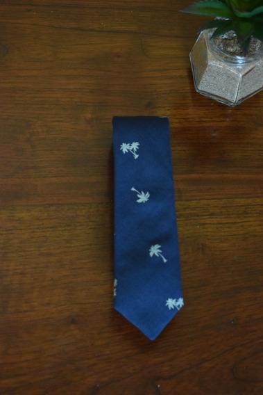 Gravata Azul Marinho