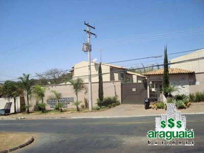 Casa Sobrado Em Vila Fechada Com 3 Quartos - Araguaia-411-l