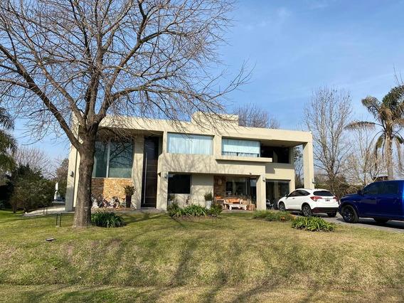 Casa 5 Ambientes Lote 1028 M² - 320 M² Cub. - Detalles De Categoría - Barrio Privado San Patricio