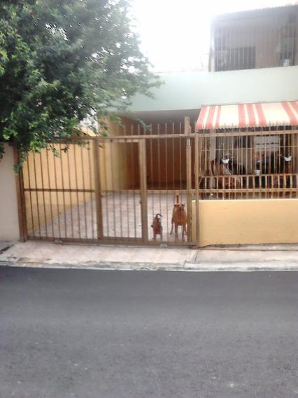 Hermosa Casa En La Avenida Independencia