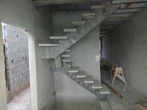 Imagem 1 de 5 de Escada Pré Moldado Em Concreto