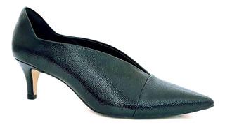 Sapato Ankle Boot Salto Baixo Bico Fino Em Verniz Cecconello