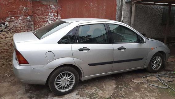 Ford Focus 1999 2.0 Ghia