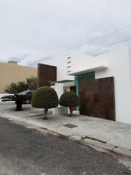 Casa En Renta En Colinas Del Bosque