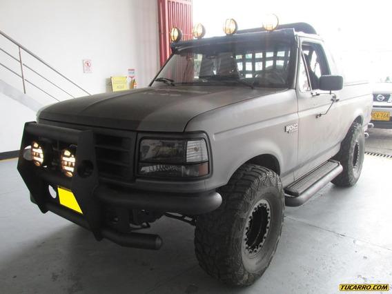 Ford Bronco Xl