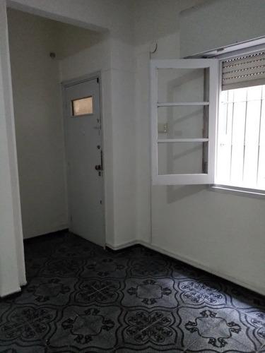 Precioso Apartamento En Alquiler De 2 Dormitorios, Centro!