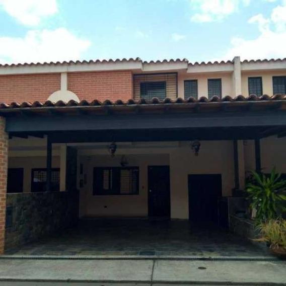Townhouse En Res. Villa Bahía, San Diego. Cod: Sdth-045