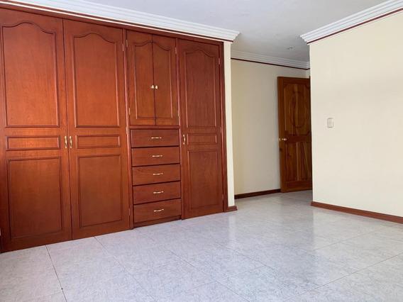 Rento Casa En Valle Real