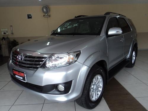 Toyota Hilux Sw4 2.7 Sr 7l 4x2 Flex Aut. 5p 2015/2015 Prata