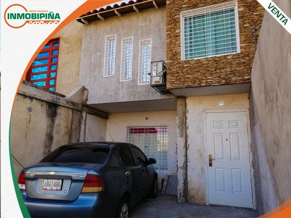Town House En Venta - Yara Yara 2