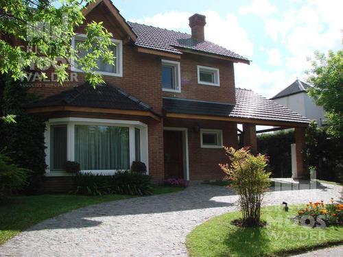 Casa En Venta Barrio Cerrado Álamo Alto - Cristian Mooswalder Negocios Inmobiliarios.