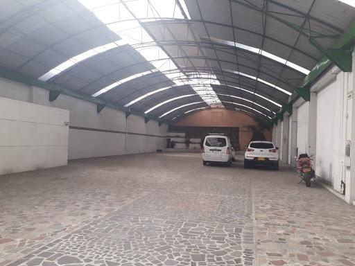 Bodegas En Venta Ricaurte 689-2510
