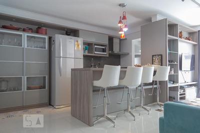 Apartamento No 6º Andar Mobiliado Com 2 Dormitórios E 1 Garagem - Id: 892907128 - 207128