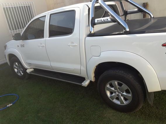 Toyota Hilux 3.0 Sr Cab. Dupla 4x4 Aut. 4p 2015