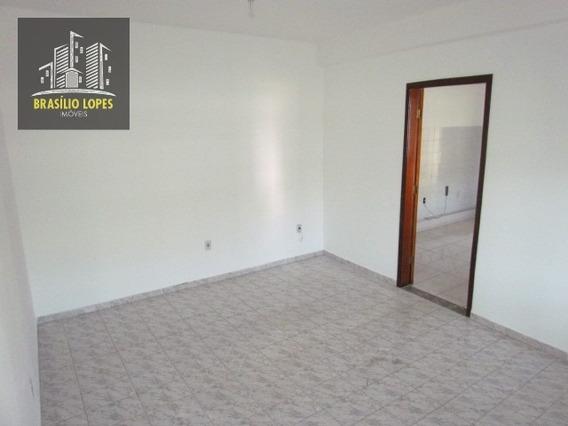 Apartamento Com 02 Dormitórios No Saúde   M2281