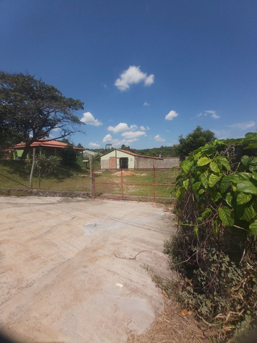 Chacara A 2km De Cajuru Sp Com 1.500 Metros Casa Em Reforma