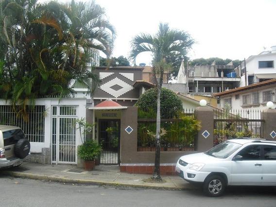 Casa En Venta En Caracas Urbanización La Florida Rent A House Tubieninmuebles Mls 20-11371