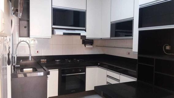 Casa De Condominio Com Armarios Novos Para Locação Fl62