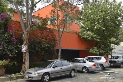 Excelente Casa En Calle Cerrada Con Vigilancia, Car-2999