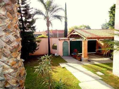 Residencia De 4 Recamaras -villas Del Mesón - Estudio Amplio