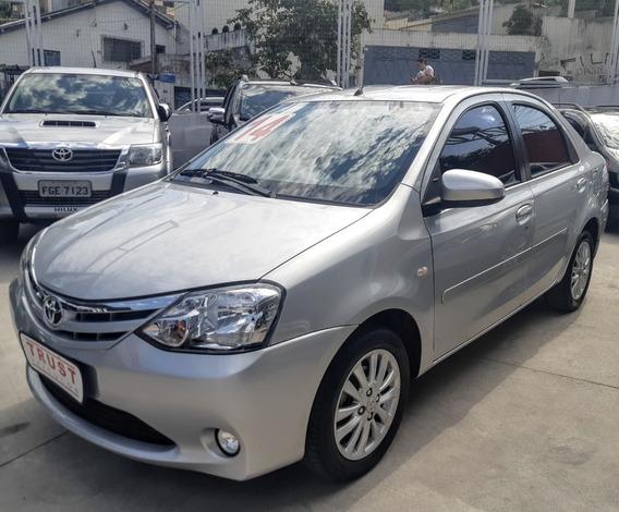 Toyota Etios Sedán Xls 1.5 2014 ! Flex! Novo