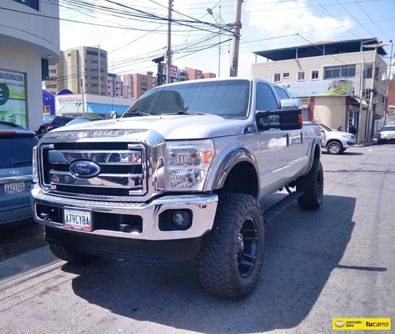 Ford F 250 Super Duty Doble Cabina 4x4