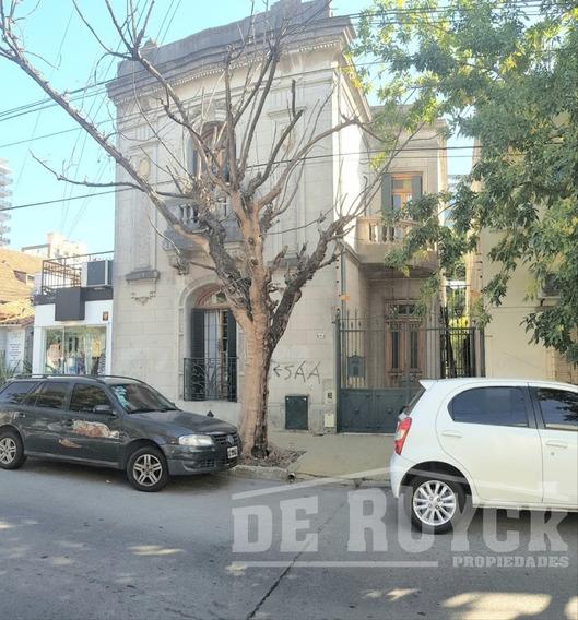Casa En Alquiler Quilmes Centro, Casona De Estilo En Quilmes