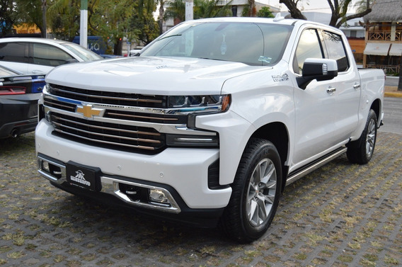 Chevrolet Cheyenne 2019 High Country Blanco
