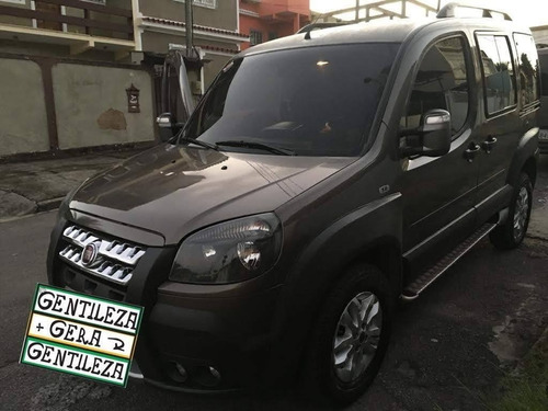 Fiat Doblo 2016 1.8 16v Adventure Flex 5p