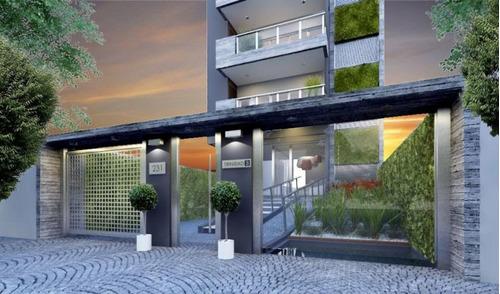 Departamento En Venta De 3 Dormitorios C/ Cochera En Quilmes
