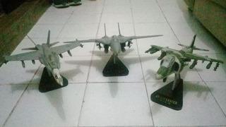 Avioes De Combate Colecionáveis ( 3 Modelos)