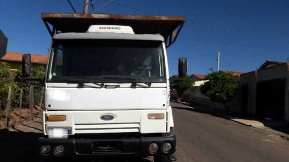 Ford Cargo 2631 6x4 Canavieiro Traçado 2004 R$ 60.000.