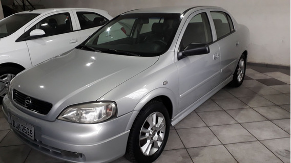Gm Astra Sedan 1.8 2001 Prata