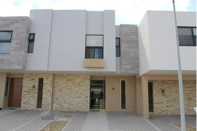 Casa En Renta En El Refugio, Queretaro, Rah-mx-19-1415