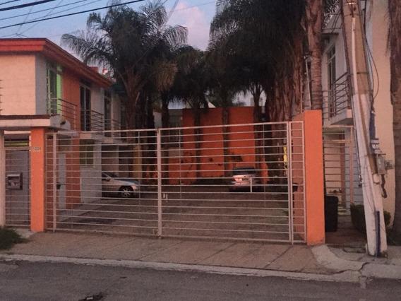 Renta Casa Amueblada A 5 Min Del Tec De Monterrey