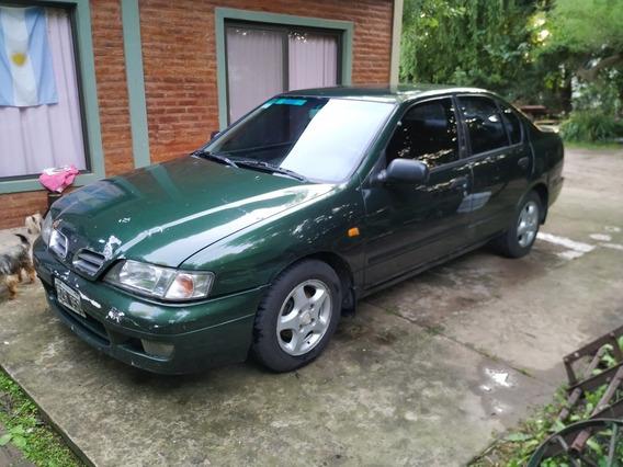Nissan Primera 2.0 Gxe 1998