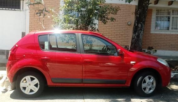 Vendo Sandero Renault Dinamyc Equipado 2011