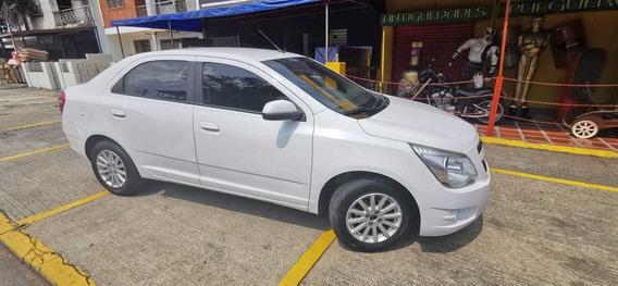 Chevrolet Cobalt 2014, Sedan, Blanco, 4 Puertas.