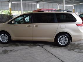 Toyota Sienna 3.5 Xle Mt Seminueva